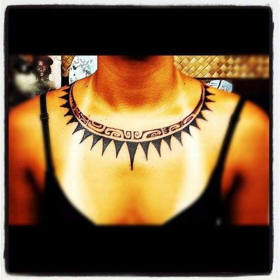 tattoo polinesiano