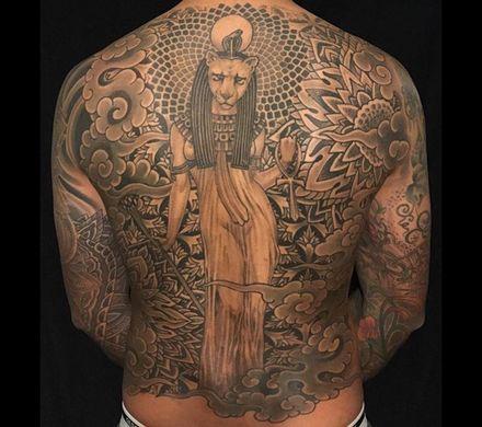 Tatuaggi schiena uomo