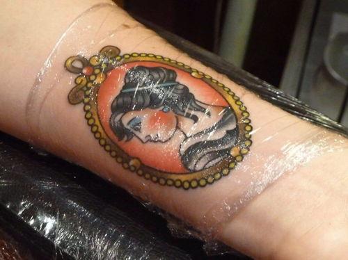Come prendersi cura del tatuaggio? Accorgimenti e prodotti idonei